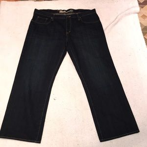 Old Navy loose fit jeans 40 EUC 31 inseam